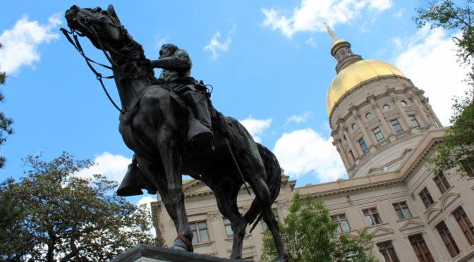 Le retrait des statues confédérées, une atteinte à l'histoire ?